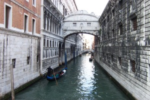 Bridge_of_Sighs_by_day